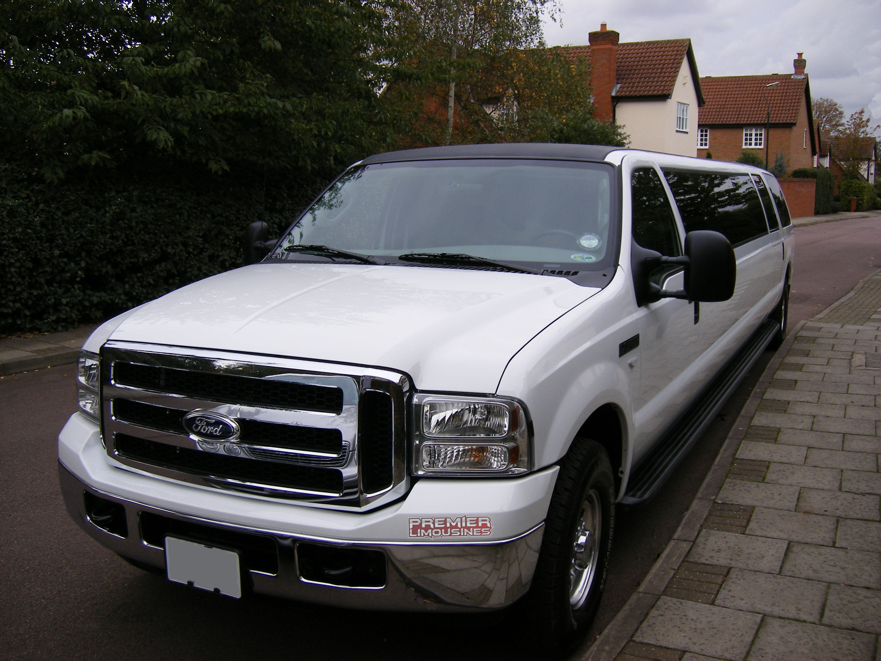 Ford Excursion 'Hummer Style' Limo Hire